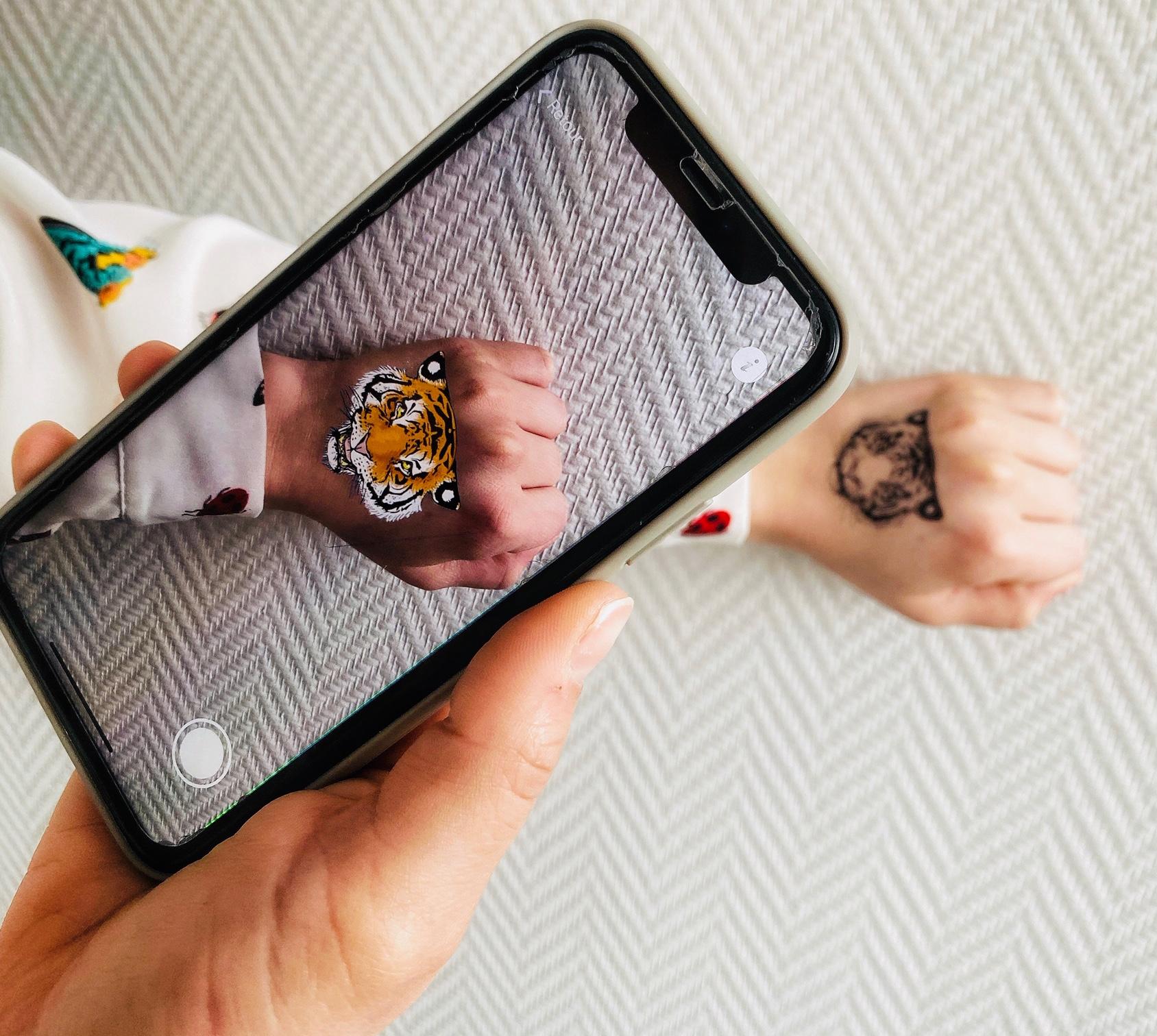 tatouage ephemere personnalisé en réalité augmentée