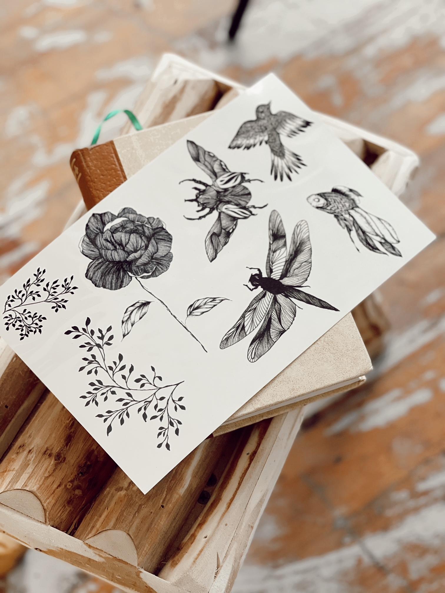 parure de tatouages éphémères par Eleonore M
