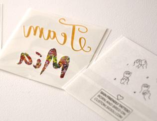 emballage tatouage personnalisé couleur et doré