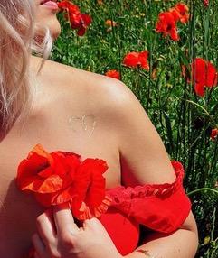 Un tatouage éphémère Sioou pour la fête des mères